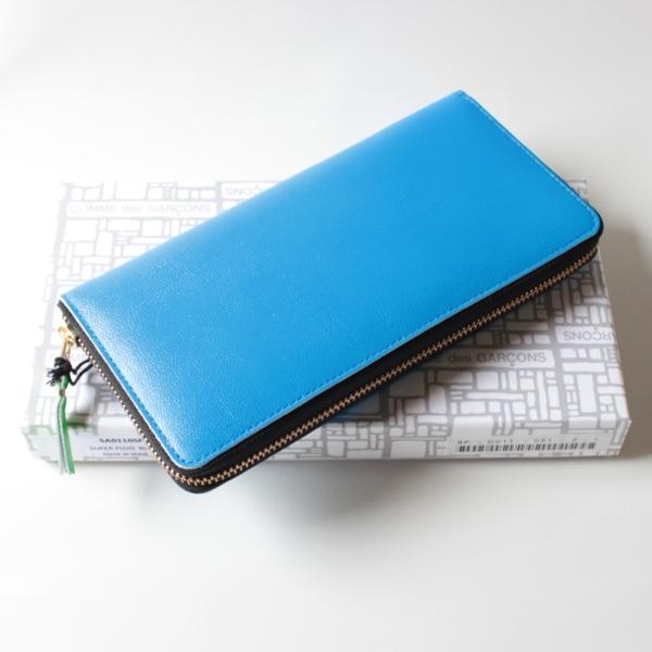 コムデギャルソンの財布 CdG-8F-D011-051-2-1