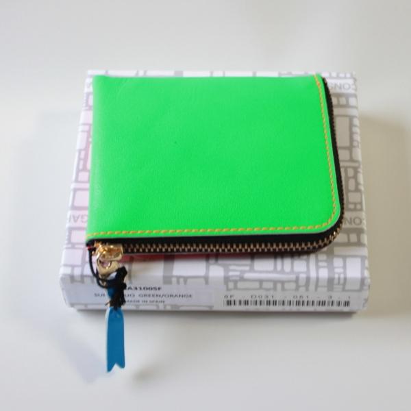 コムデギャルソンの財布 CdG-8F-D031-051-3-1