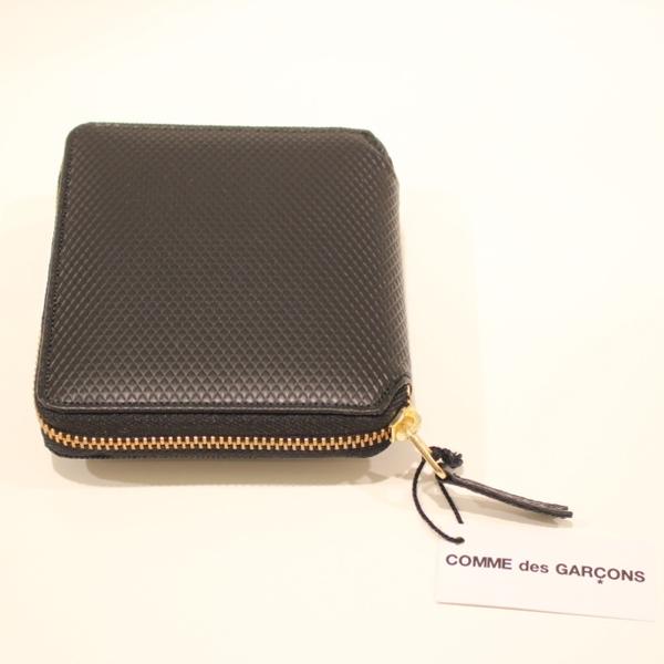 コムデギャルソンの財布 CdG-8F-D210-051-1