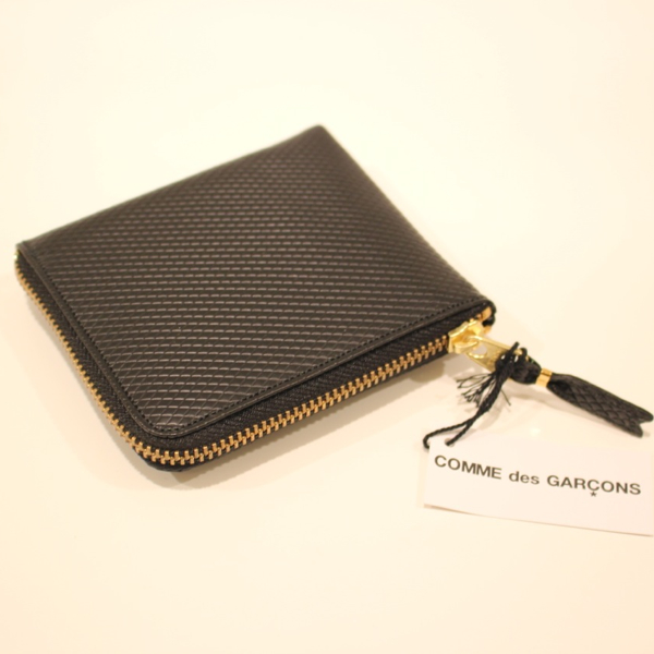 コムデギャルソンの財布 CdG-8F-D310-051-1