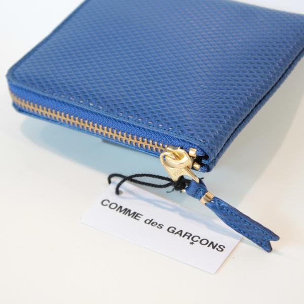 コムデギャルソンの財布 CdG-8F-D310-051-4