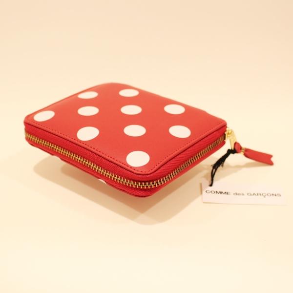 コムデギャルソンの財布 CdG-8Z-E021-051-2